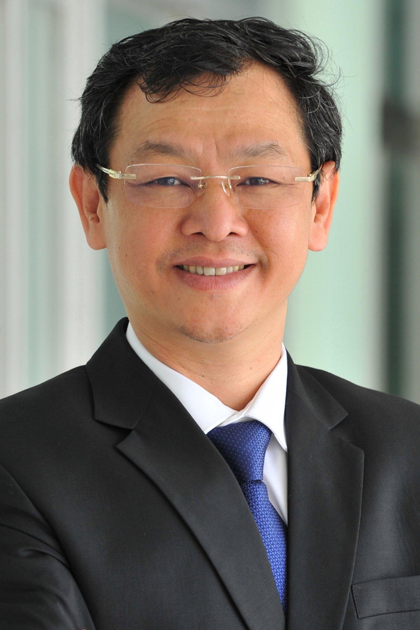 Dr. Nguyen Tri Thuc