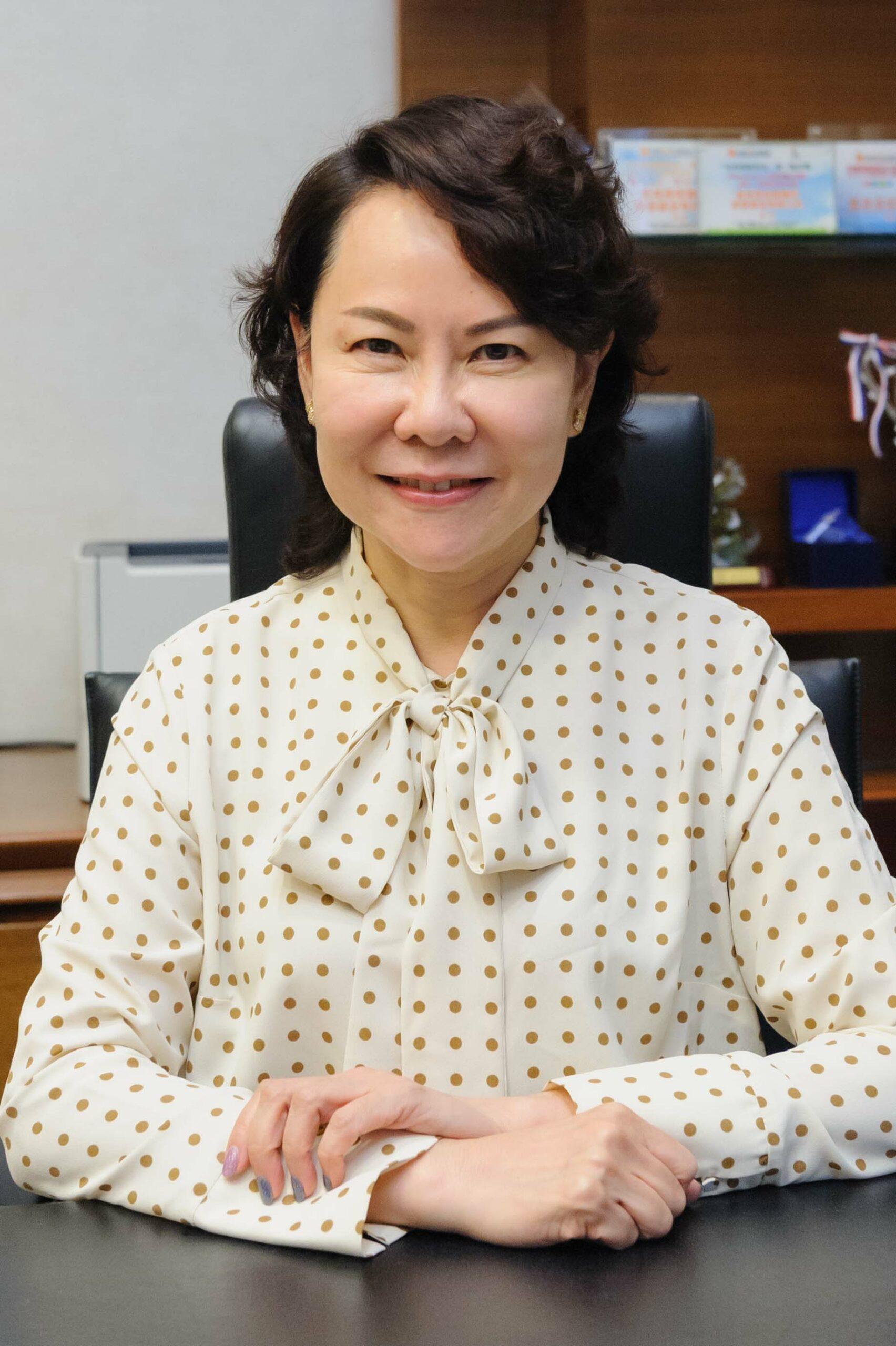 Ms Grace Wong